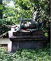 Grabmal Elisabeth und Wilhelm Reusch - Plastik von Friedrich Reusch.jpg