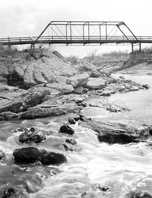 Grandfalls, Texas - Bridge across Pecos River near Grandfalls in 1910