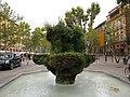 Green fountain - panoramio.jpg