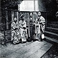 Group of Japanese women in Nagasaki, Japan, ca 1899 (KIEHL 78).jpeg
