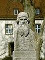 Gutenberg-statue-uni-mainz.jpg