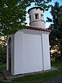 Háje, kaplička sv. Jana Nepomuckého, od západu.jpg