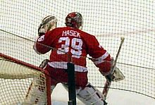 220px Ha%C5%A1ek warm up 2007 Dominik Hasek