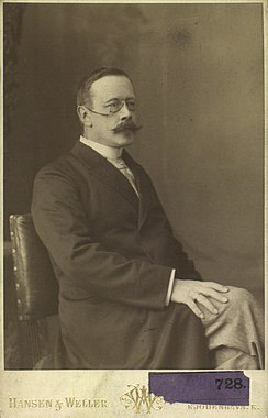 Hans Christian Gram portrait by Hansen & Weller.jpg