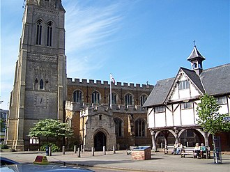 Market Harborough - St Dionysius Church with the Old Grammar School (right)