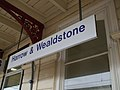 Harrow & Wealdstone stn mainline signage.JPG