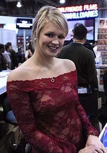 Heather Starlet at AVN Adult Entertainment Expo 2011.jpg
