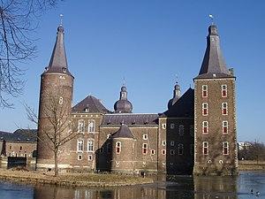 Van Hoensbroeck - Image: Heerlen Kasteel Hoensbroek 1