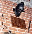 Helm, Sporen und Kommandostab Ritter von Pentz.jpg