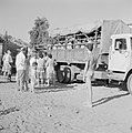 Hofesh padvinders in een vrachtwagen, gereed om te worden vervoerd naar hun va, Bestanddeelnr 255-4498.jpg