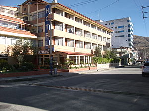 Huaraz - Hotels at Huaraz downtown.