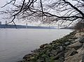 Hudson River and George Washington Bridge New York City January 2014.jpeg