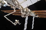 ISS-50 Canadarm2 with Dextre robot (1).jpg