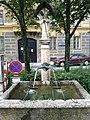 Innsbruck-Innstr69-Brunnen.jpg