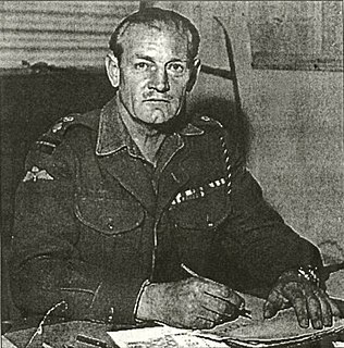 Jack Churchill British army officer known for fighting with a longbow and broadsword in World War II