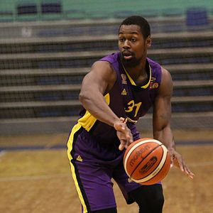James Bell (basketball) - Bell with Hapoel Holon in 2016