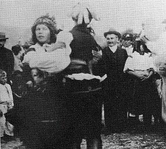 Moravian traditional music - Leoš Janáček collecting folksongs on 19 August 1906 in Strání