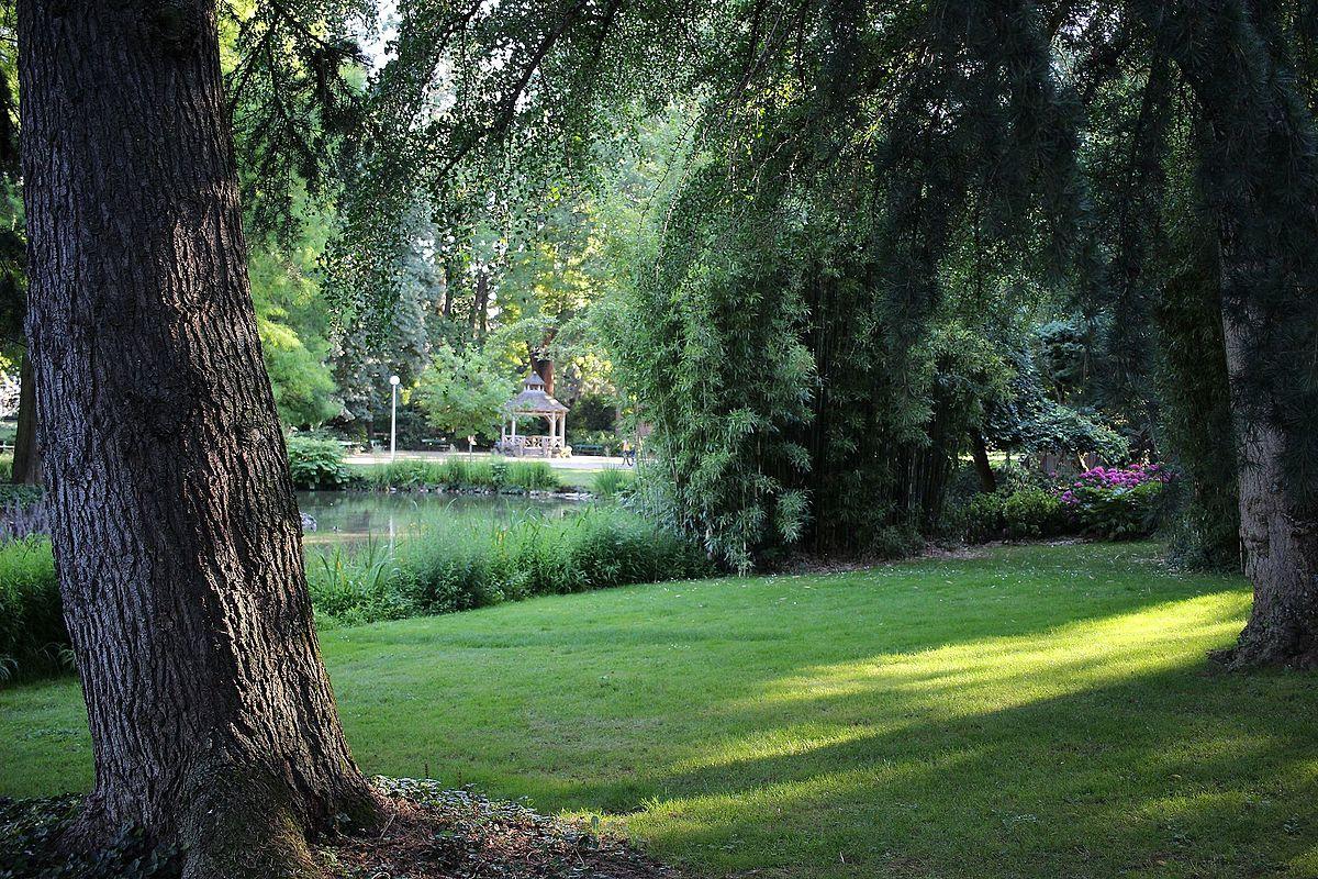 Parcs et jardins de tours wikip dia - Petit jardin romantique tours ...