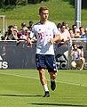 Joshua Kimmich Training 2018-05-08 FC Bayern Muenchen-2.jpg