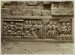 KITLV 28018 - Kassian Céphas - Relief of the hidden base of Borobudur - 1890-1891.tif