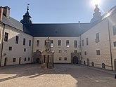Fil:Kalmor Castle inner yard.jpg