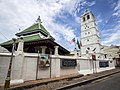 Kampung Kling Mosque Exterior.jpg