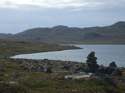 Kangerlussuaq à Sissimiut 2 inukshuk (cairn) Groenland 2009 Expédition ACarré.JPG