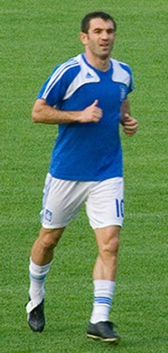 Giorgos Karagounis - Karagounis playing for Greece in 2008
