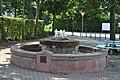 Kirdorf, Brunnen.JPG