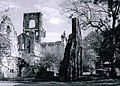 Kirkstall Abbey Ruins - Kirkstall - geograph.org.uk - 1633001.jpg