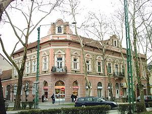 Kiskunfélegyháza - Eclectic apartment, built in 1899