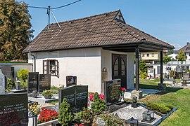 Klagenfurt Hörtendorf Friedhof Aufbahrungshalle SO-Ansicht 08092021 1284.jpg