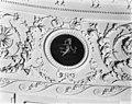 Klassieke ornamenten met stucwerk in ovale zaal - Haarlem - 20096240 - RCE.jpg