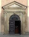 Kościół MB Różańcowej, portal.JPG