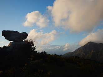 Novara di Sicilia - the Rocca Nkravaccada faces the Mt. Pizzo Russa, near the hamlet of San Marco