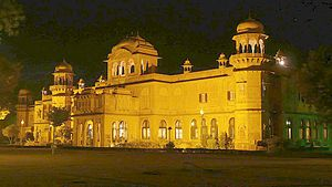Lalgarh Palace - The palace at night