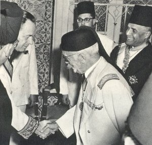 Muhammad VIII al-Amin - Lamine Bey and Bourguiba receiving the first French ambassador after independence, March 1956