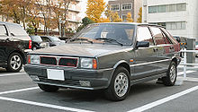 https://upload.wikimedia.org/wikipedia/commons/thumb/5/51/Lancia_Delta_HF_turbo_001.JPG/220px-Lancia_Delta_HF_turbo_001.JPG