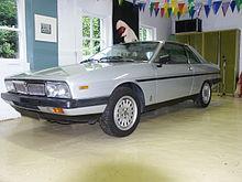 https://upload.wikimedia.org/wikipedia/commons/thumb/5/51/Lancia_Gamma_Coup%C3%A9_2500_IE_side.JPG/220px-Lancia_Gamma_Coup%C3%A9_2500_IE_side.JPG