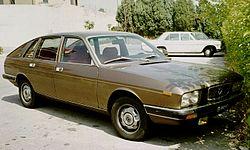 https://upload.wikimedia.org/wikipedia/commons/thumb/5/51/Lancia_Gamma_di_Viterbo.jpg/250px-Lancia_Gamma_di_Viterbo.jpg