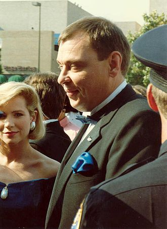 Larry Drake - Larry Drake on the red carpet at the 40th Annual Primetime Emmy Awards, August 28, 1988.