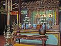 Les 3 Bouddhas (Pagode Thien Mu) (4379317183).jpg