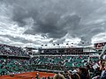 Les nuages gris arrivent sur Roland Garros.jpg