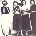 Les poseuses de bombes (Guerre d'Algérie).png