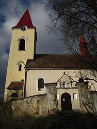 Lutová - kostel (1).JPG