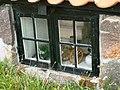 Małe okienko w małym domku - panoramio.jpg