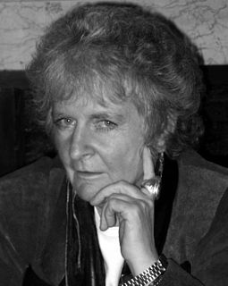 Maggi Hambling British artist