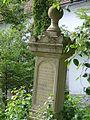 Magyarbikali templomkert sírkövei2.jpg