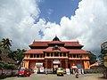Main dwaram entrance temple chenganur kerala - panoramio.jpg
