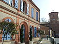 Mairie et église de Lasserre (Haute Garonne).jpg